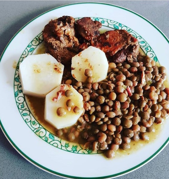 Repas-traditionnel-de-noël