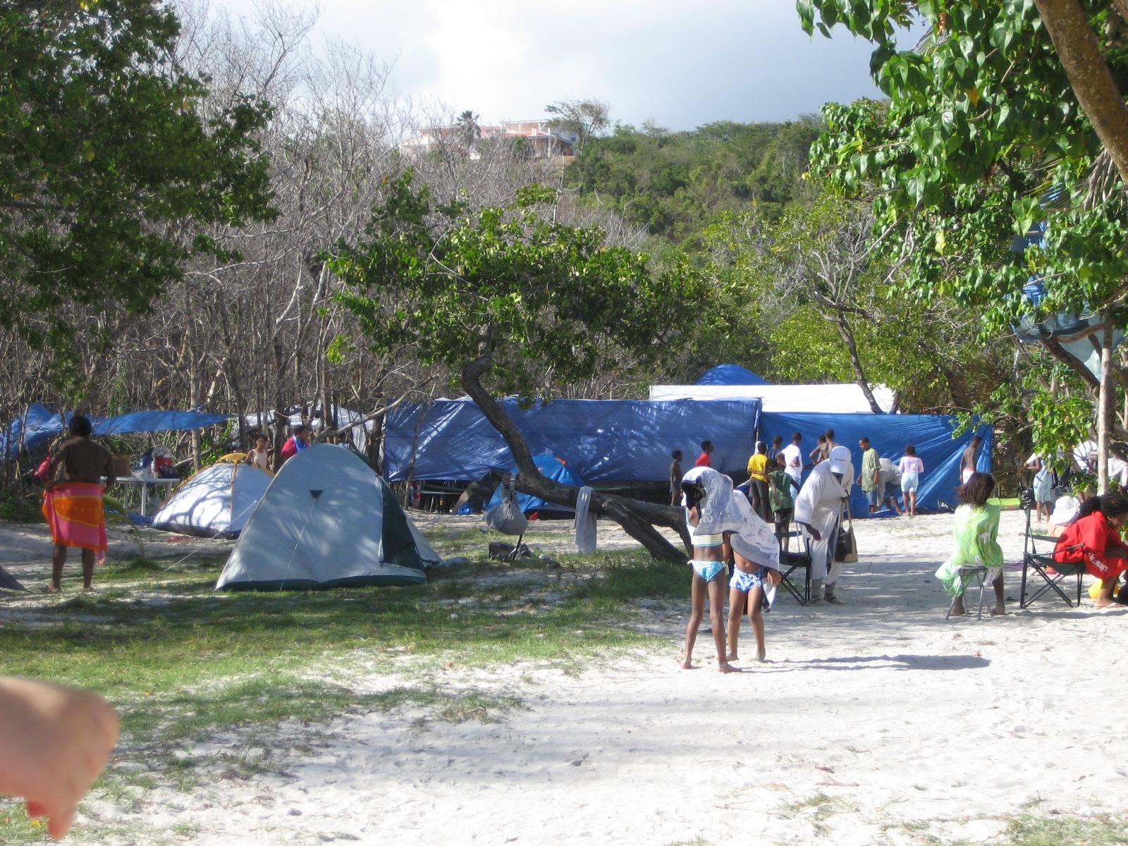 Pâques en Guadeloupe, entre crabes sable chaud et eau à 28° degrés