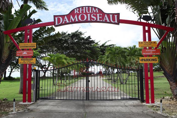 Distillerie Damoiseau en Guadeloupe ,terre mondialement connue pour son rhum