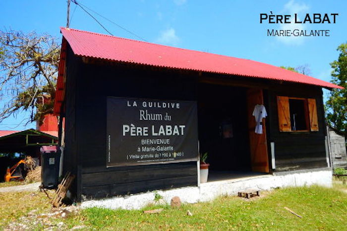 Distillerie du Père Labat à Marie-Galante ,terre mondialement connue pour son rhum